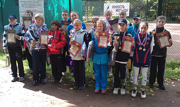 http://www.juniortennis.ru/upload/iblock/ef8/IMAG0590-600.jpg